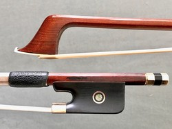 F.K. Müller*** gold-mounted octagonal Pernambuco cello bow, GERMANY, 83.3 grams