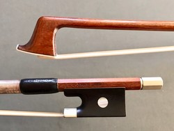 PIERRE DUMAS 3/4 Pernambuco violin bow, round, nickel