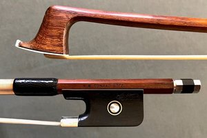 **CONRAD GÖTZ nickel-mounted Pernambuco viola bow