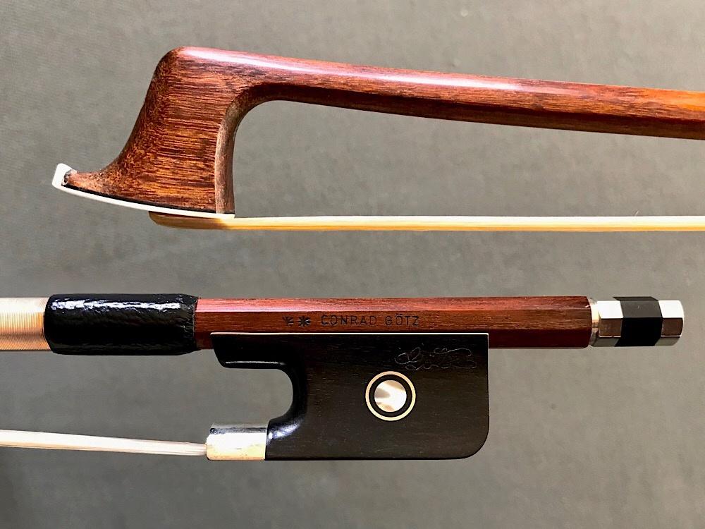 **CONRAD GÖTZ nickel-mounted Pernambuco viola bow