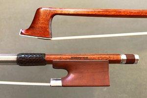 BOLANDER violin bow, silver & mountain mahogony frog, #748