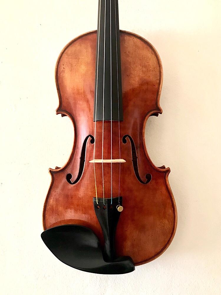 Revelle Revelle Model 700QX antiqued violin, 4/4