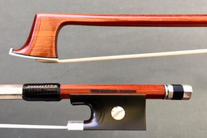 Thomas Dignan viola bow, Peccate model, Whitman, MA, USA