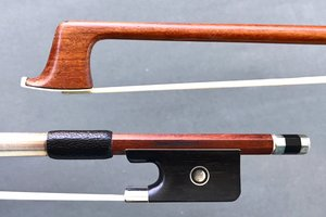 Daniel Delcourt round, nickel-mounted Pernambuco viola bow, GERMANY
