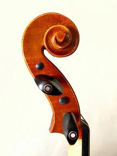 Serafina DX 1/2 violin with free case, bow, rosin & polish cloth