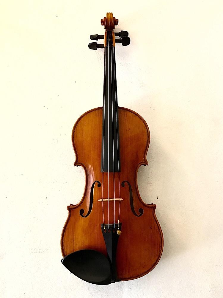 Classical Strings Classical Strings Model 900 violin