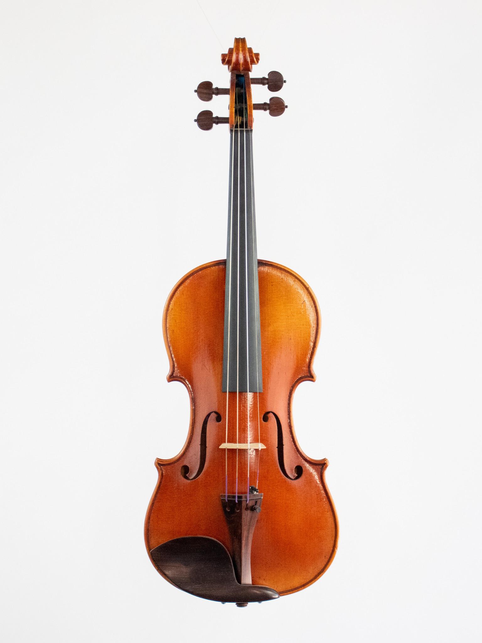 Heinrich Gill Heinrich Gill 4/4 violin, model X5, Bubenreuth, Germany