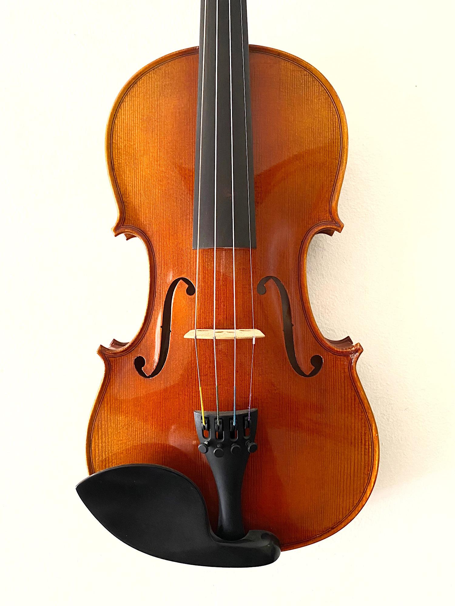 Kremona Kremona Flamed violin, Bulgaria, 2011