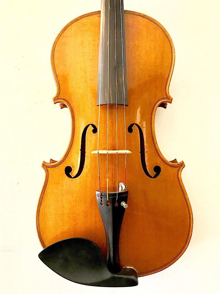 "16"" Unlabeled Chinese viola"