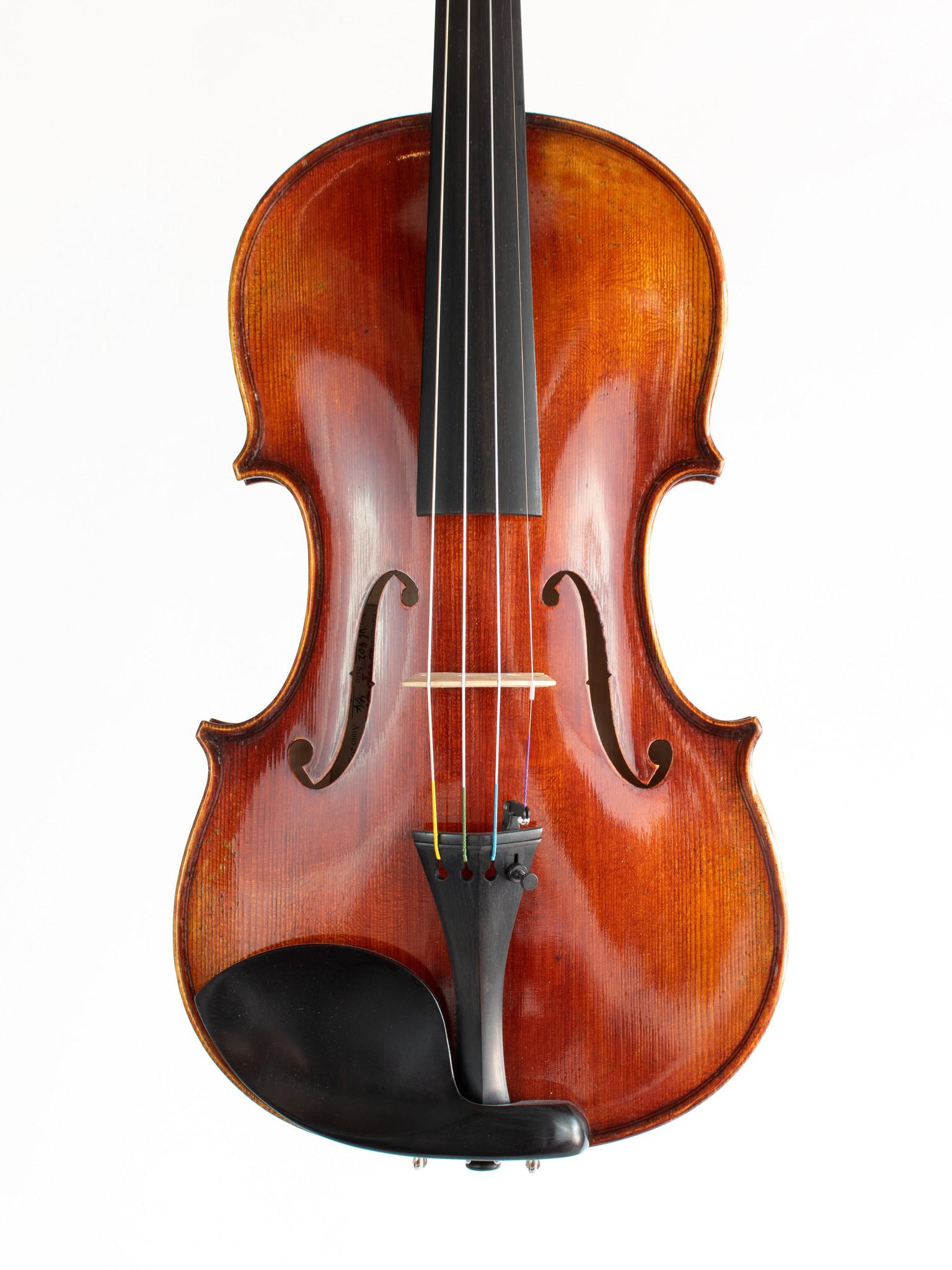 Ivan Dunov Superior 4/4 violin, Romanian tone wood