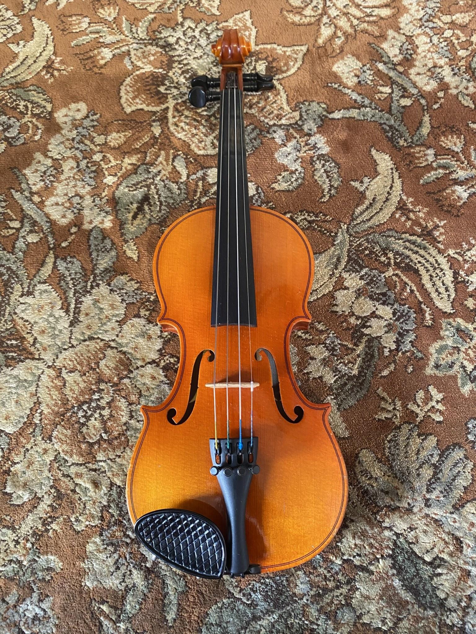 Japanese 1/8 Suzuki used violin outfit