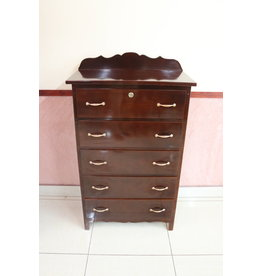 Large Dresser w/ 5 drawers CZL