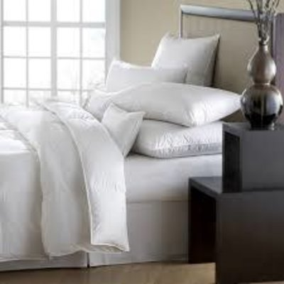 Downright Downright Mackenza OS King Comforter All-Year Weight