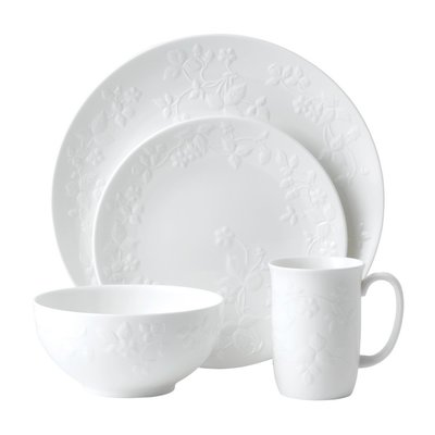 Wedgwood Wedgewood Wild Strawberry White 4pc Setting