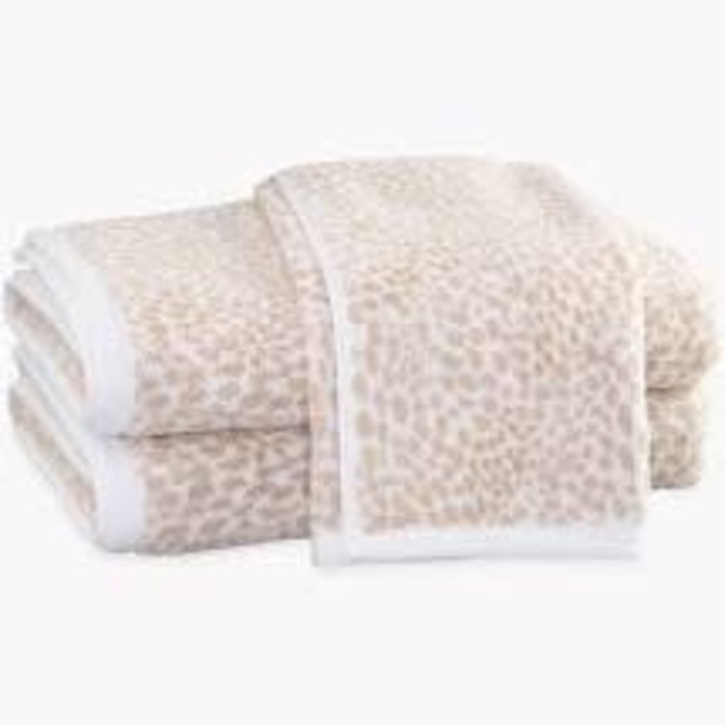 Matouk Matouk Nikita Bath Towel