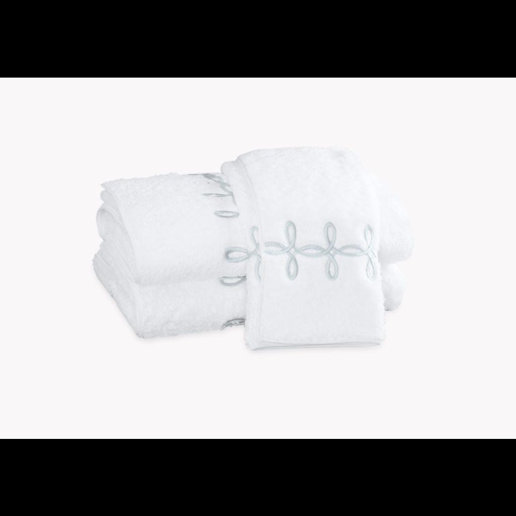 Matouk Matouk Gordian Knot Bath Towel
