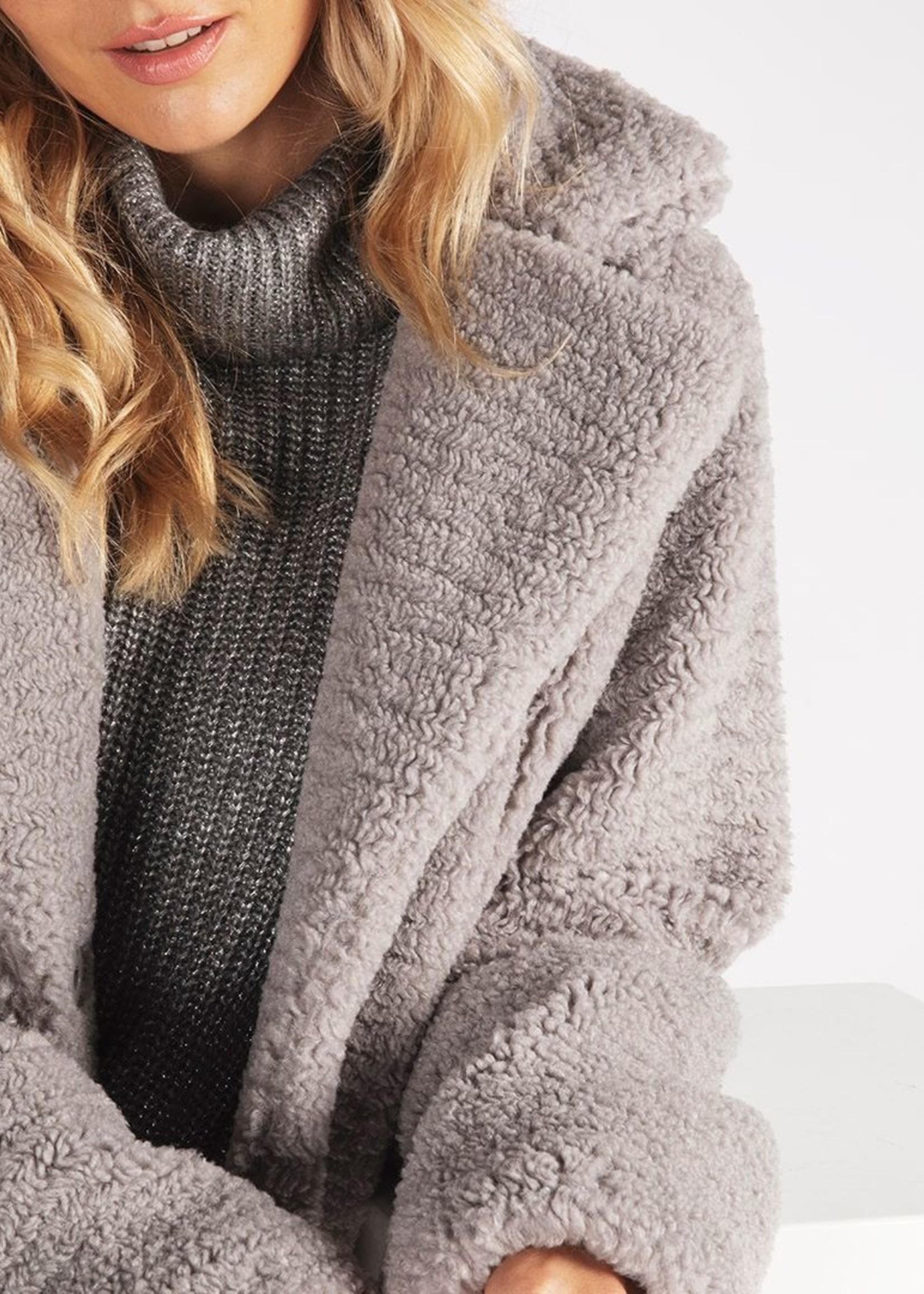 EsQualo Grey Short Teddy Coat