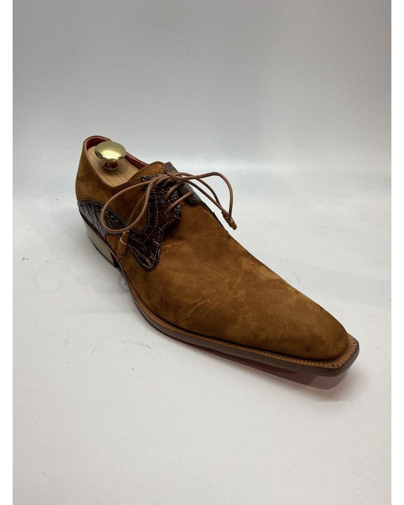 Fennix Suede Shoe