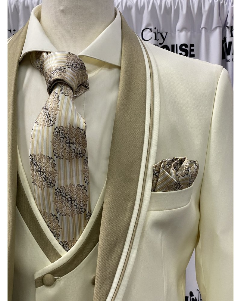 Falcone Shawl Lapel Vested Suit