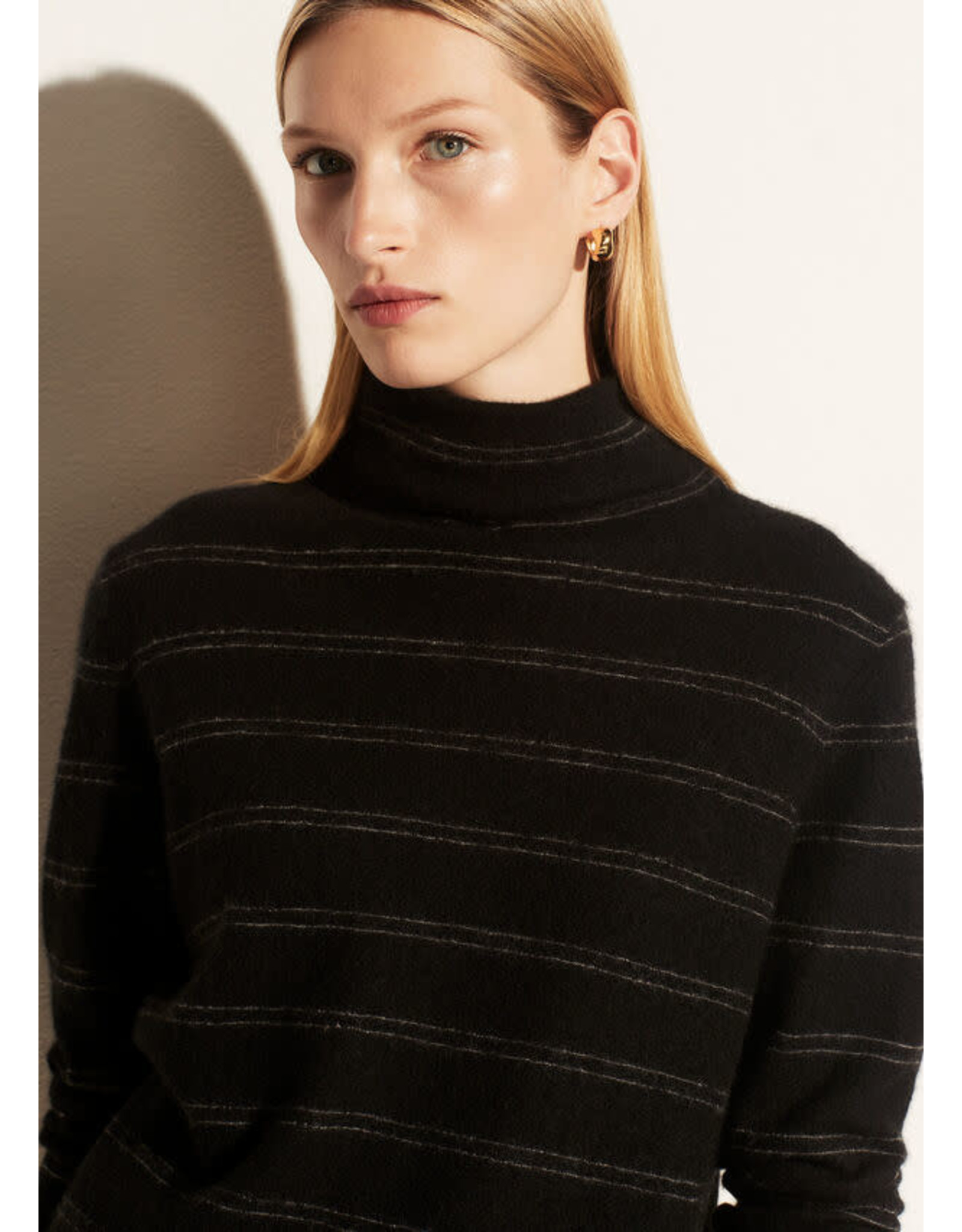 Vince Striped Fitted Turtleneck