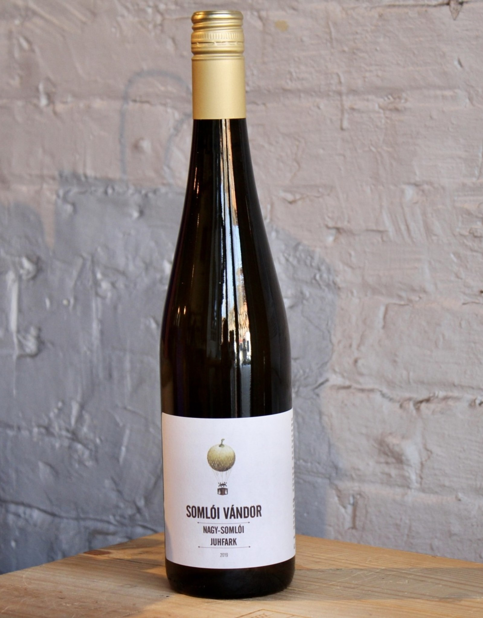 Wine 2019 Somlói Vándor Juhfark - Nagy-Somlói, Hungary (750ml)
