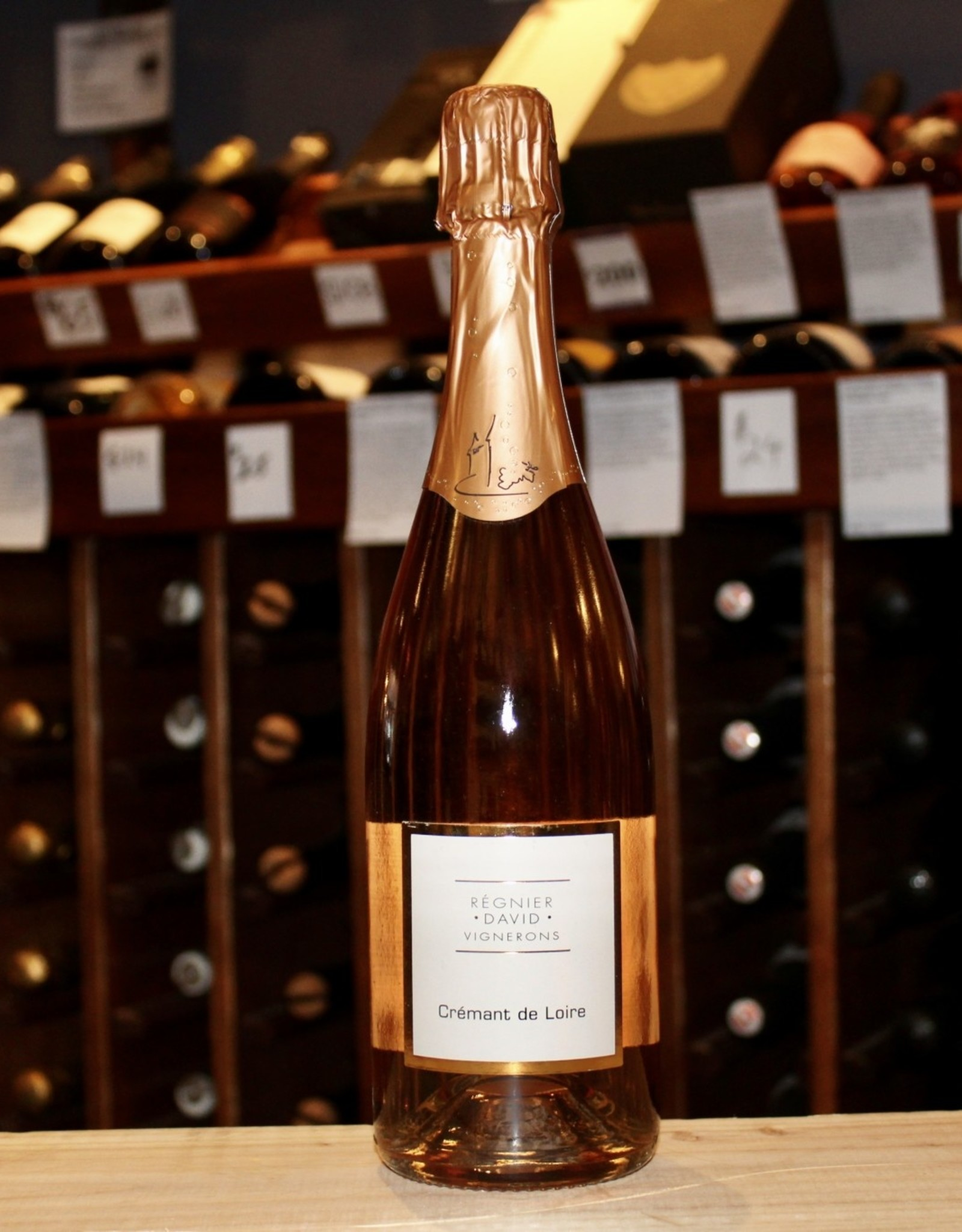 Wine NV Regnier David Vignerons Cremant de Loire Extra Brut Rose - Loire Valley, France (750ml)