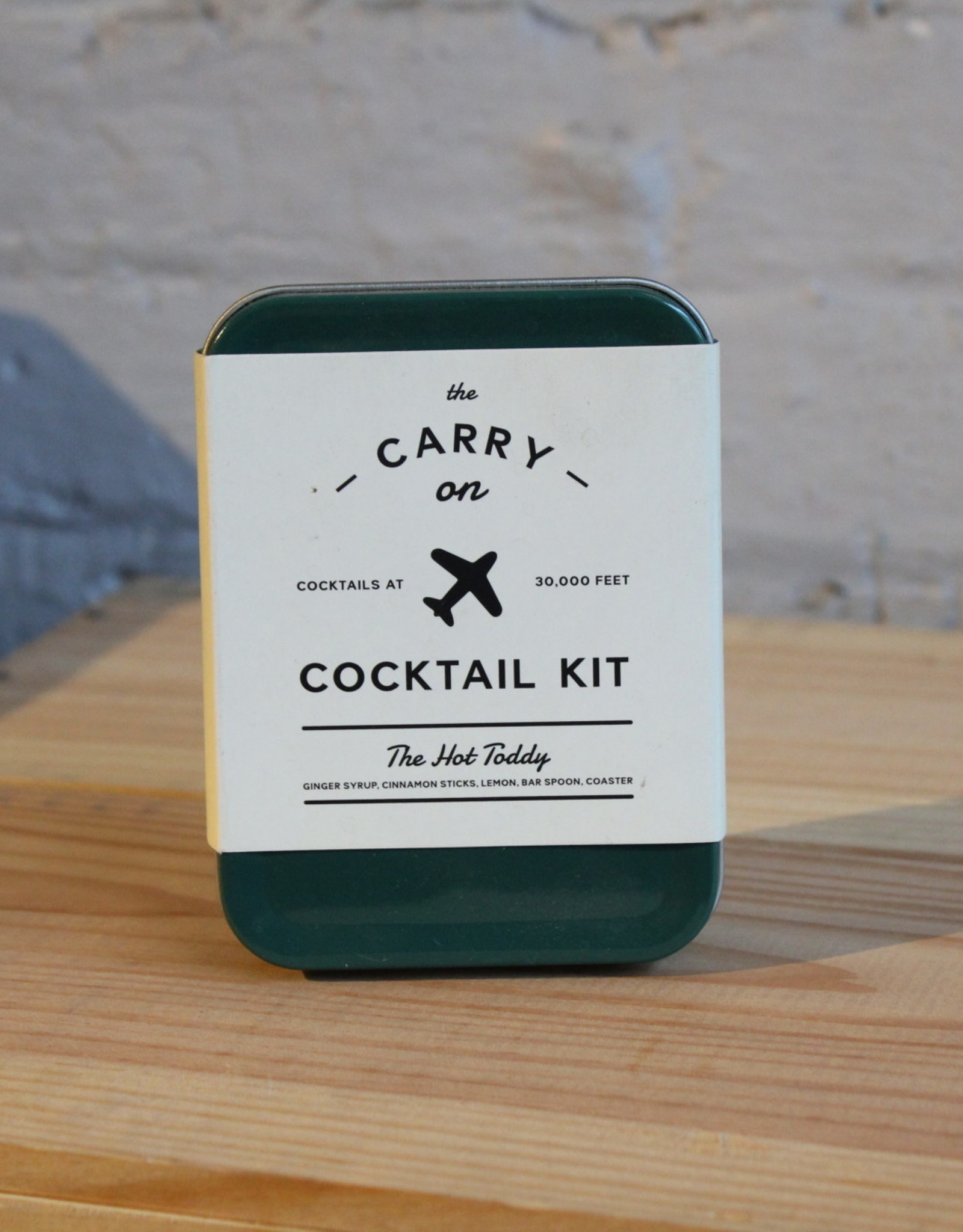 Accessory The Hot Toddy Carry-On Cocktail Kit