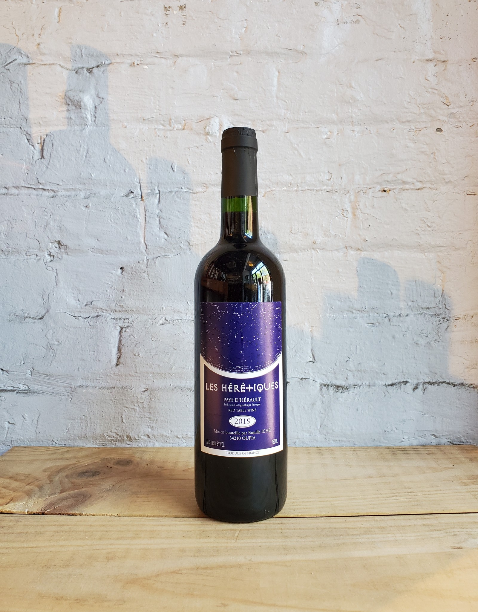 Wine 2019 Les Heretiques - Pays d'Herault, Languedoc-Roussillon, France (750ml)