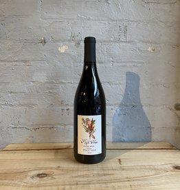 Wine 2018 Folk Tree Village Series Pinot Noir - CA (750ml)