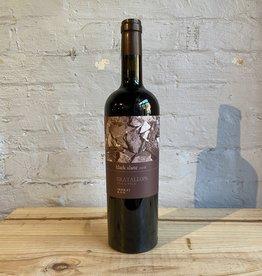 Wine 2019 Black Slate Gratallops - Priorat, Catalonia, Spain (750ml)