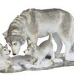 "Statue Wolf With Cubs 10"" GSC"