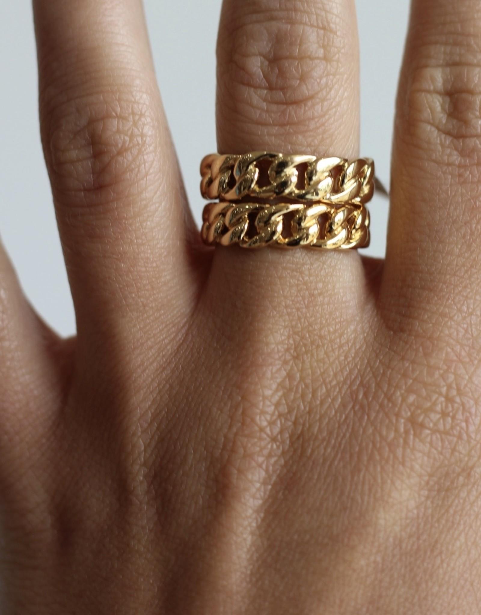 Jennifer Zeuner Charly Ring