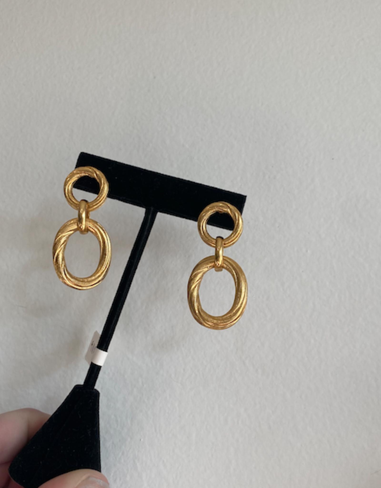 Ben-Amun 91109 Gold Oval Textured Link Earring