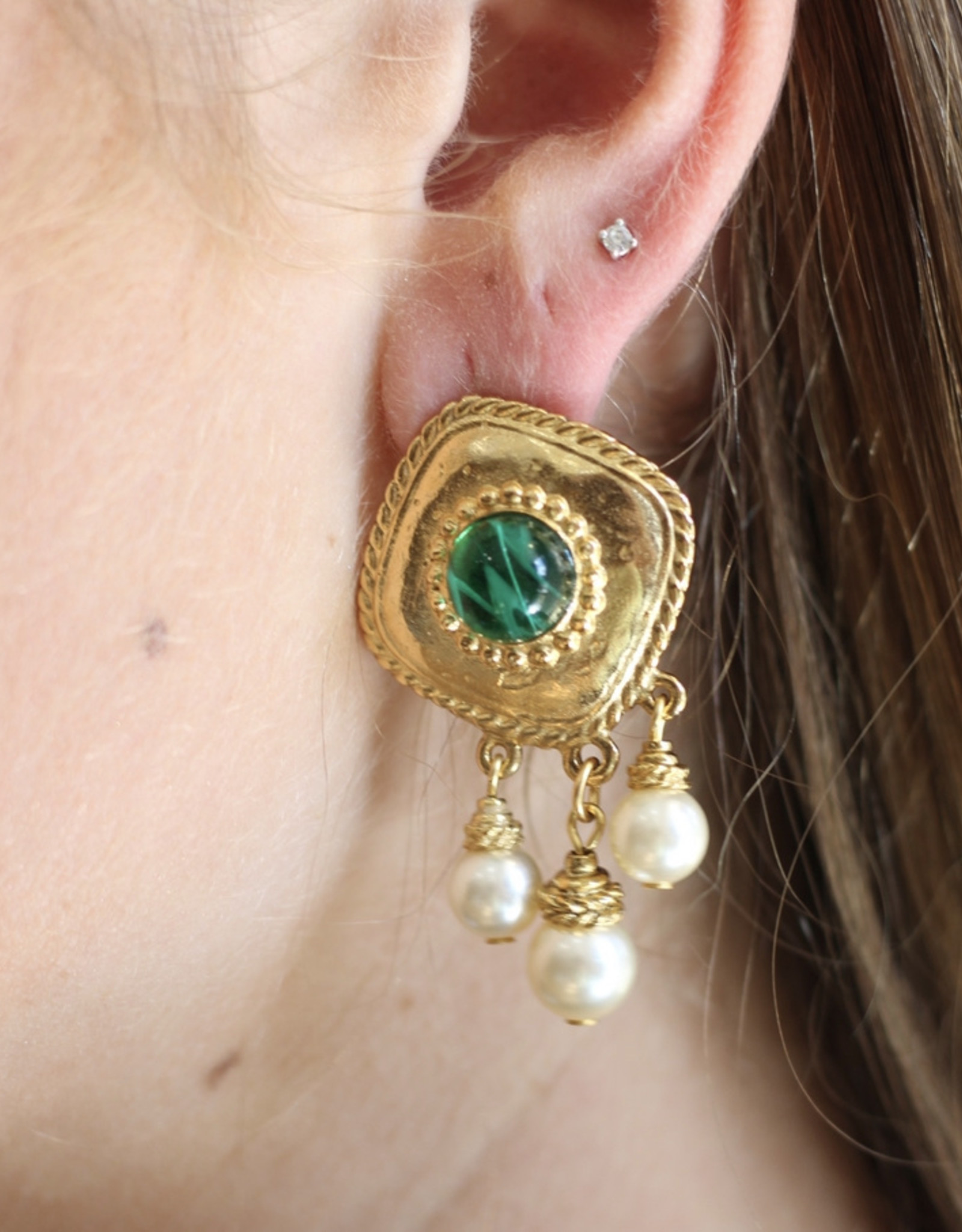 Ben-Amun 18119 Gold Emerald Center Pearl Drop Earrings