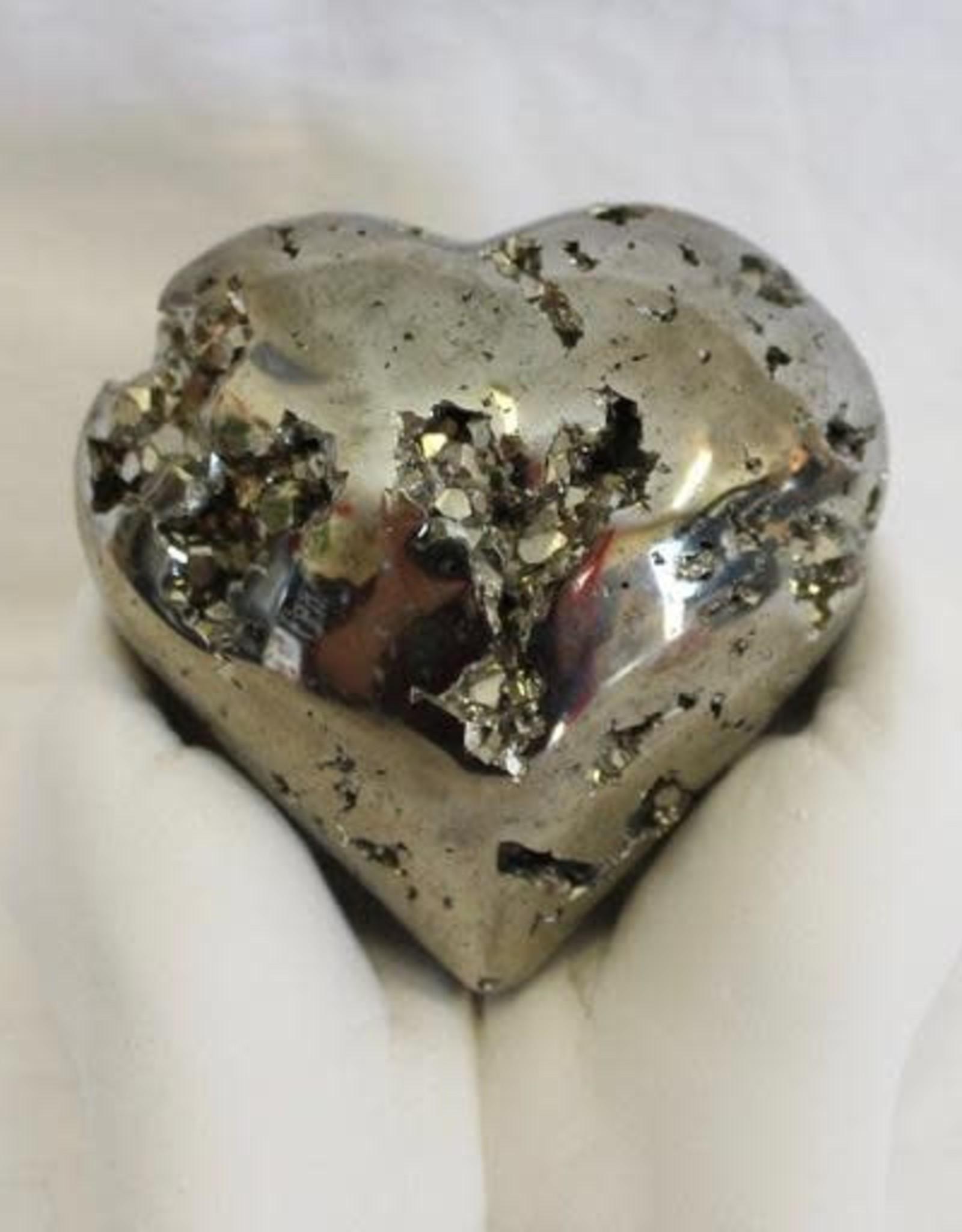 Pyrite Heart for higher manifestation