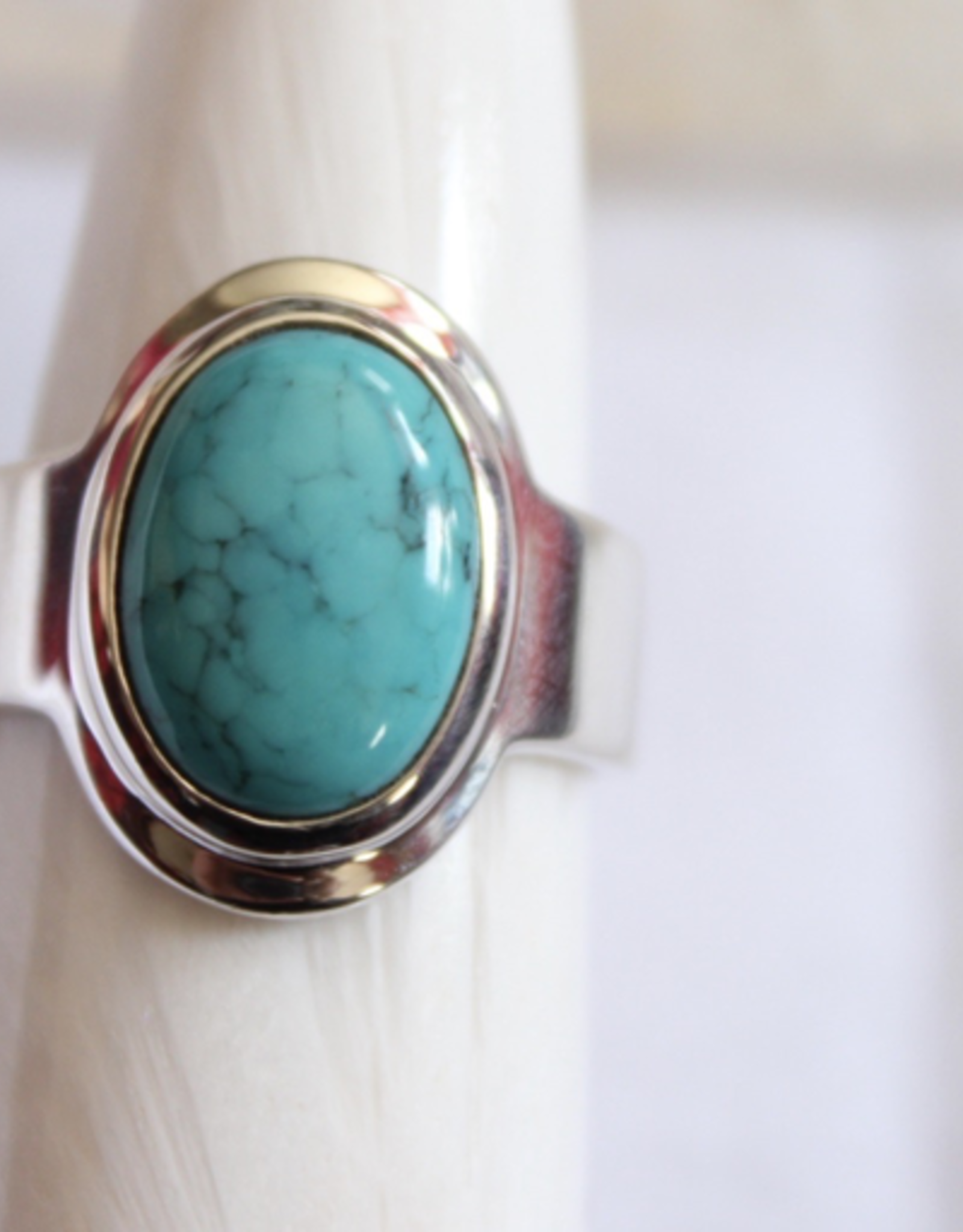 Turquoise Ring ~ Oval ~ Size 9