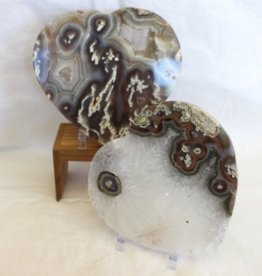 Agate Heart Charging Plates for strength in love