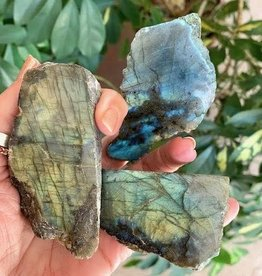 Labradorite Polished for deep communication