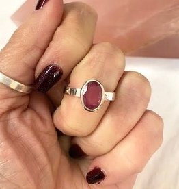 Ruby Ring Faceted Oval sz 8.5