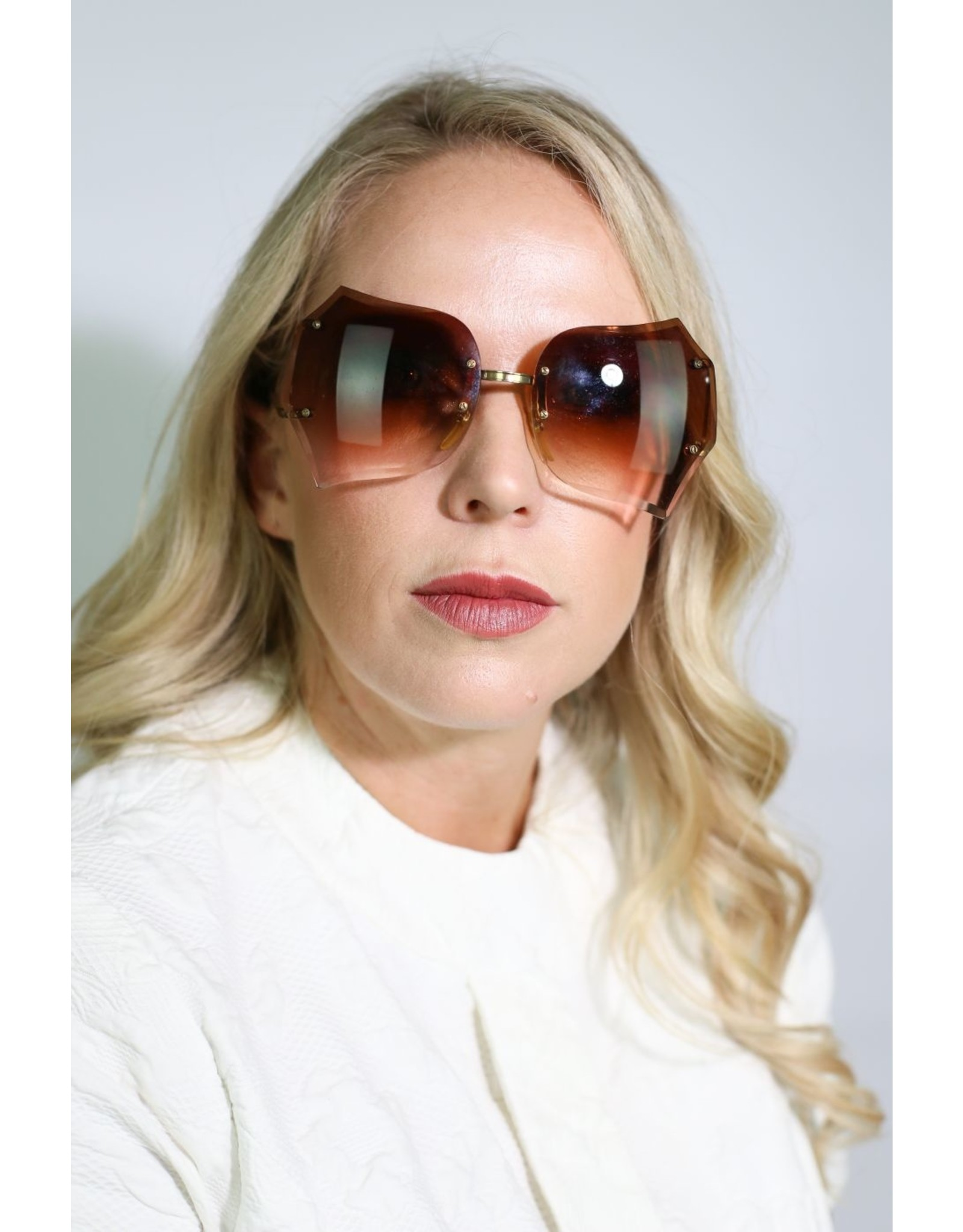 1980's Brown Scalloped Sunglasses