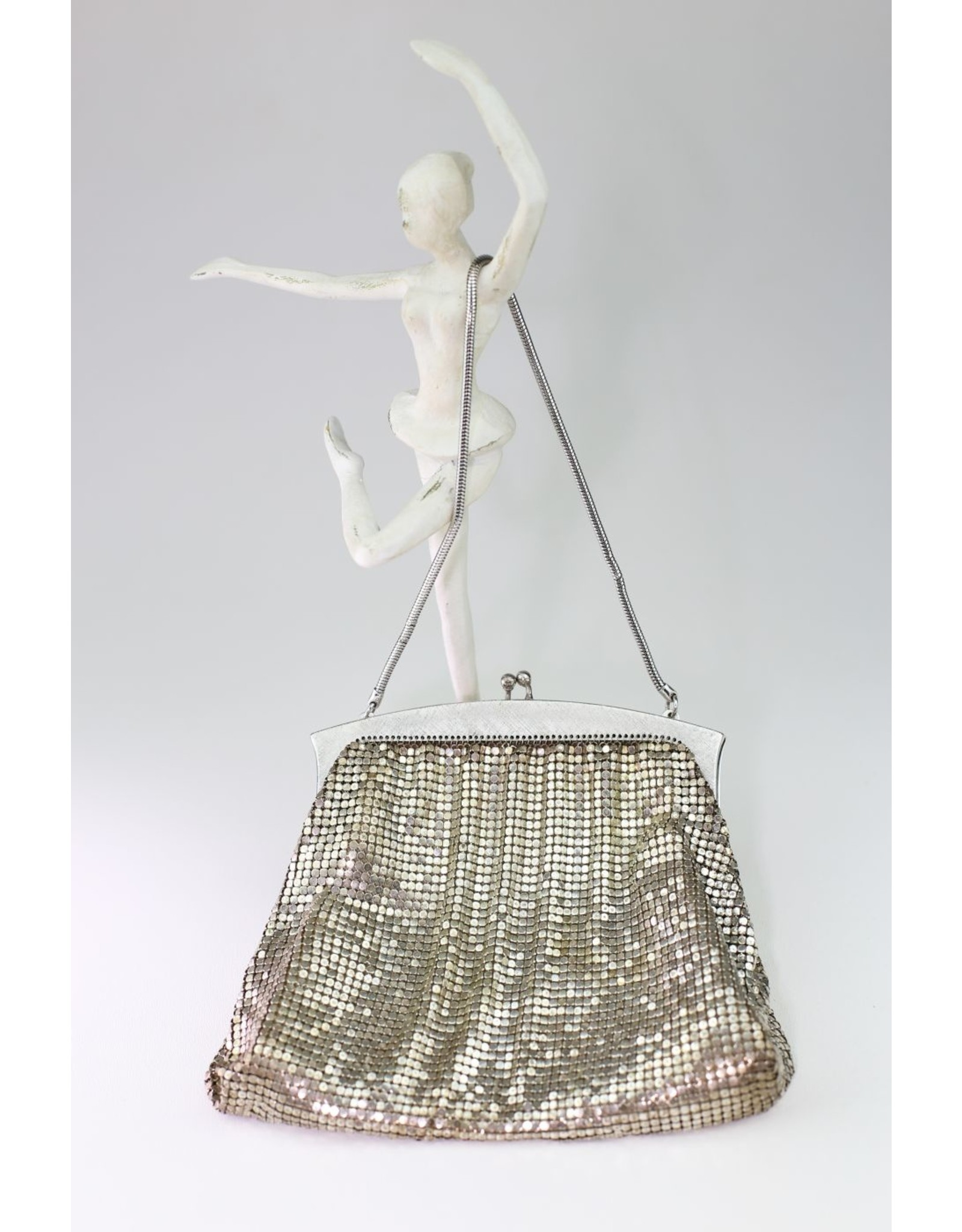1960's Whiting and Davis Mesh Silver Handbag