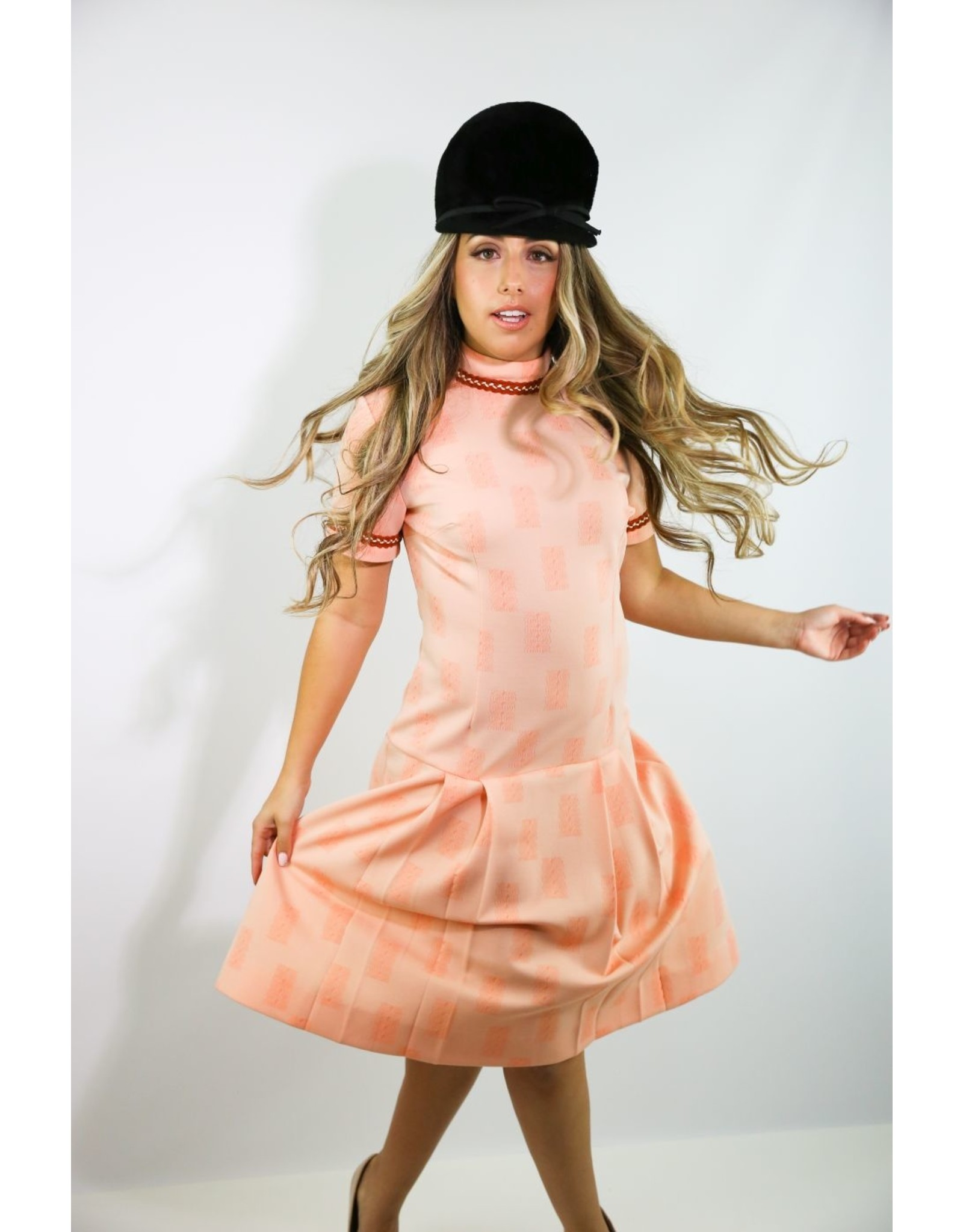 1960's Pink Shift Dress with Pleated Skirt
