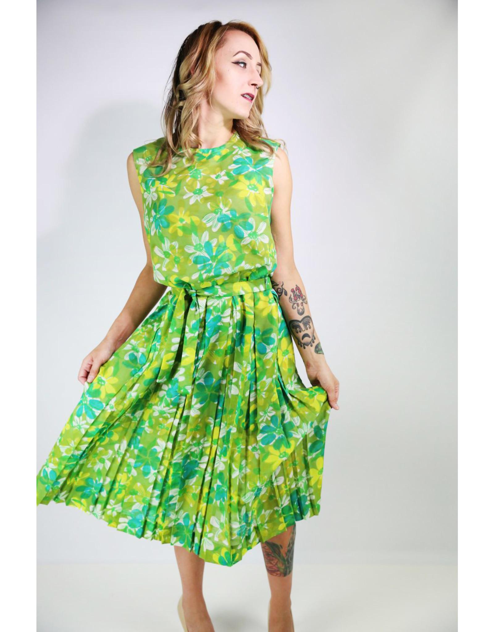 1960's Green Daisy Day Dress