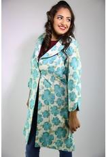 1960's Plus Size White & Blue Floral Housecoat