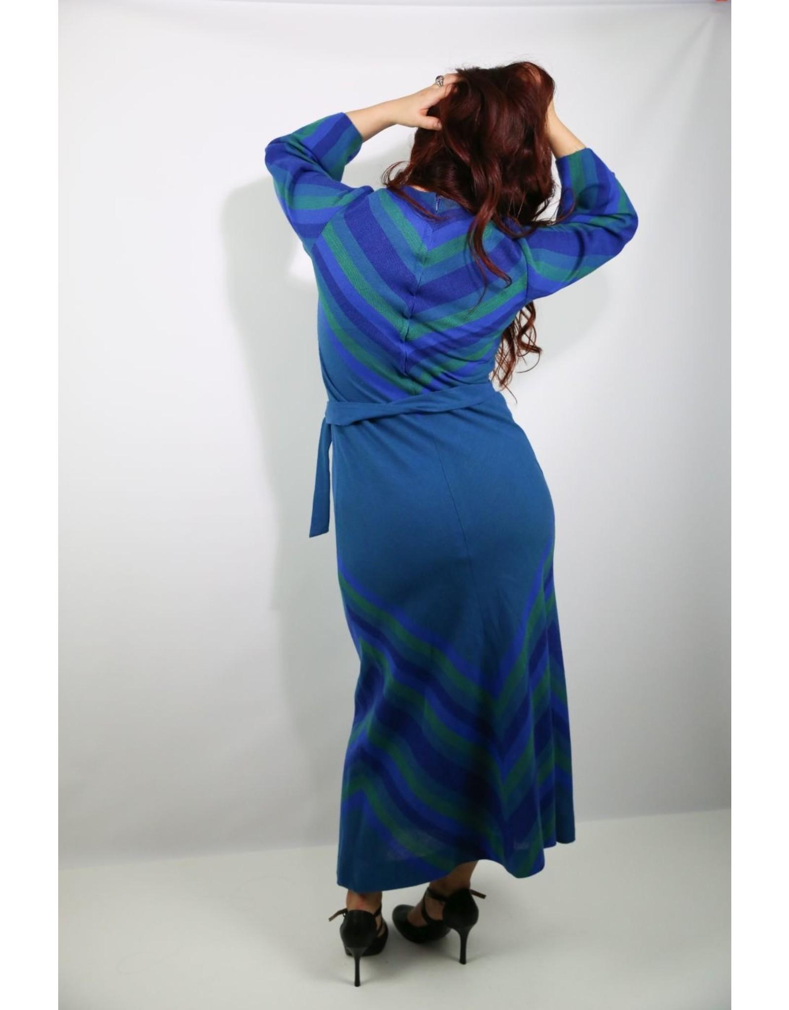 1970's Plus Size Blue & Green Knit Maxi Dress