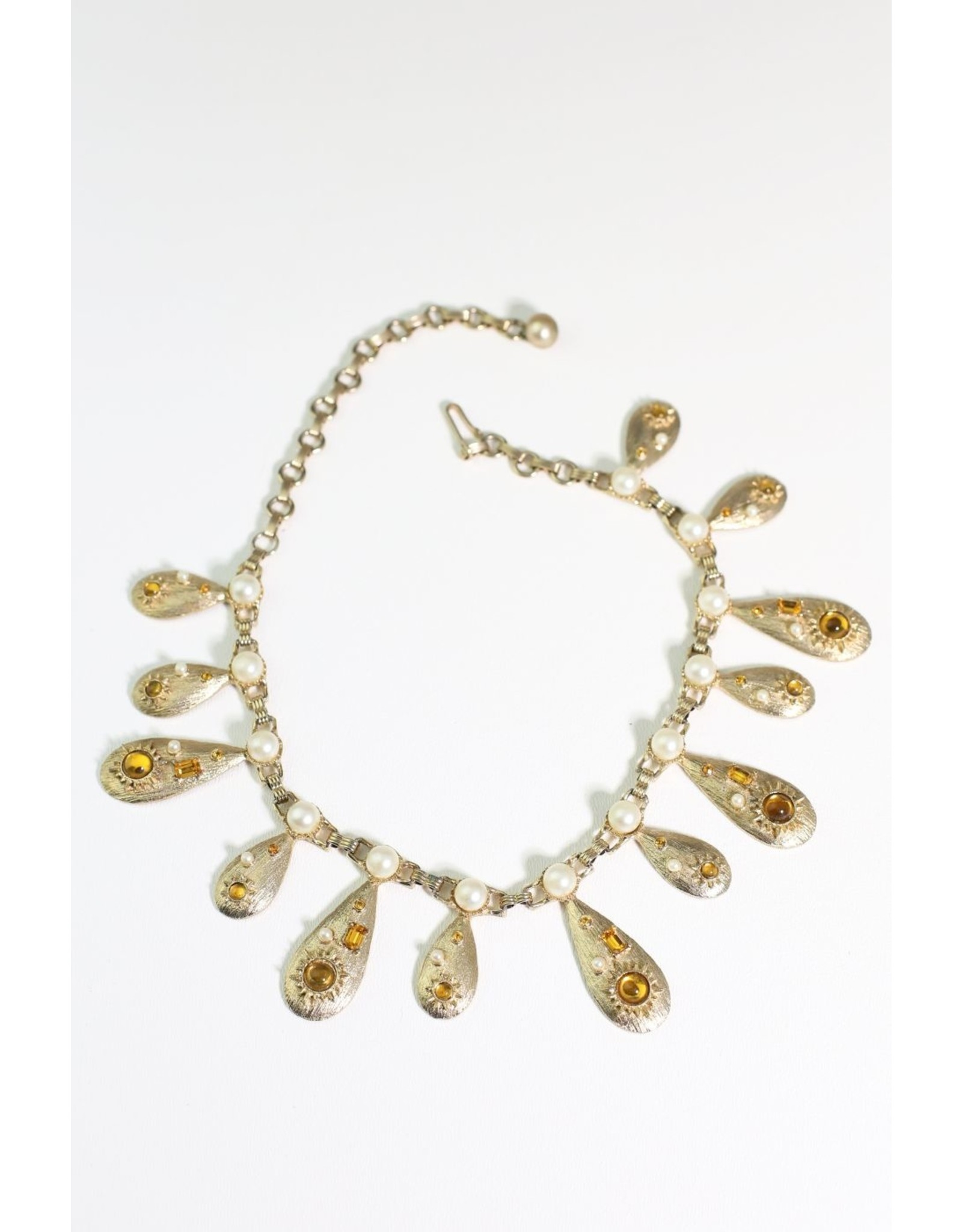 1960's Gold Art Deco Drop Necklace