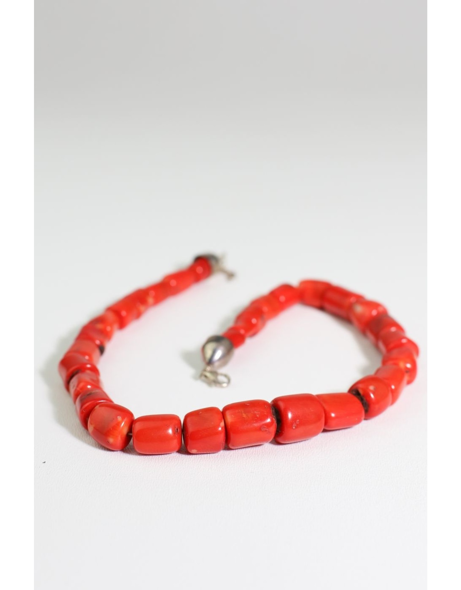 1970's Orange/Red Chunky Stone Necklace