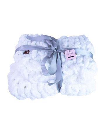 Gosh(i) Goods White Chunky Knit Blanket