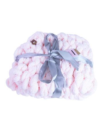 Gosh(i) Goods Pink Chunky Knit Blanket
