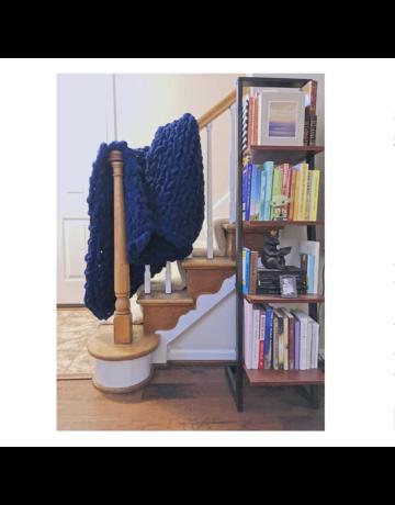 Gosh(i) Goods Navy Chunky Knit Blanket